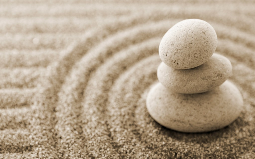 stones and sand pattern  1024x640 17 reasons to get a massage in October